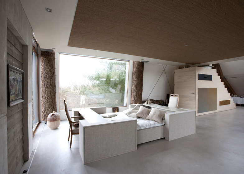 dezeen_The-Dune-House-by-Min2_ss_12