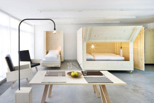 Mobile Möbel atelierhouse harry thaler ausgestattet mit mobilen möbel pur natur