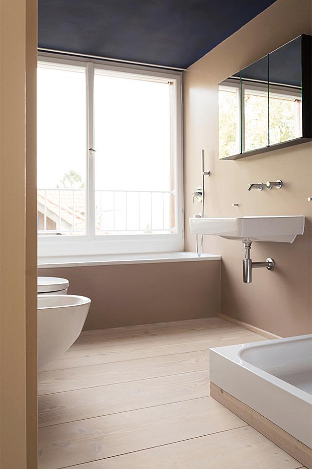 pur natur projekt_Leimgruber Architekten_Zürich_Douglasie Dielen Natur_bathroom