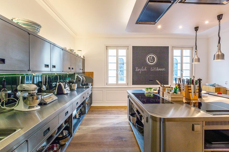 Kochschule architektur  Eiche Dielen für Kochschule › pur natur