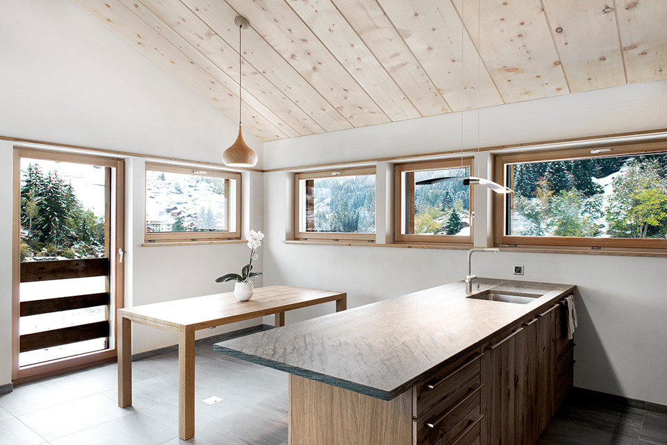 the-larch-barn_Alp-Architects-Sarl_dining room