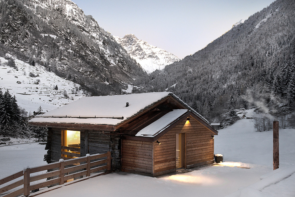 the-larch-barn_Alp-Architects-Sarl_south and west facades